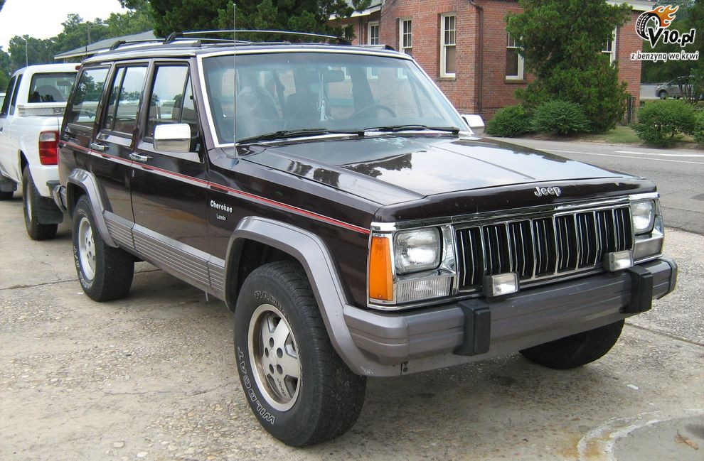 route occasion jeep cherokee xj. Black Bedroom Furniture Sets. Home Design Ideas