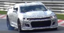 Przygody nowego Chevy Camaro Z/28 podczas test�w na torze Nurburgring