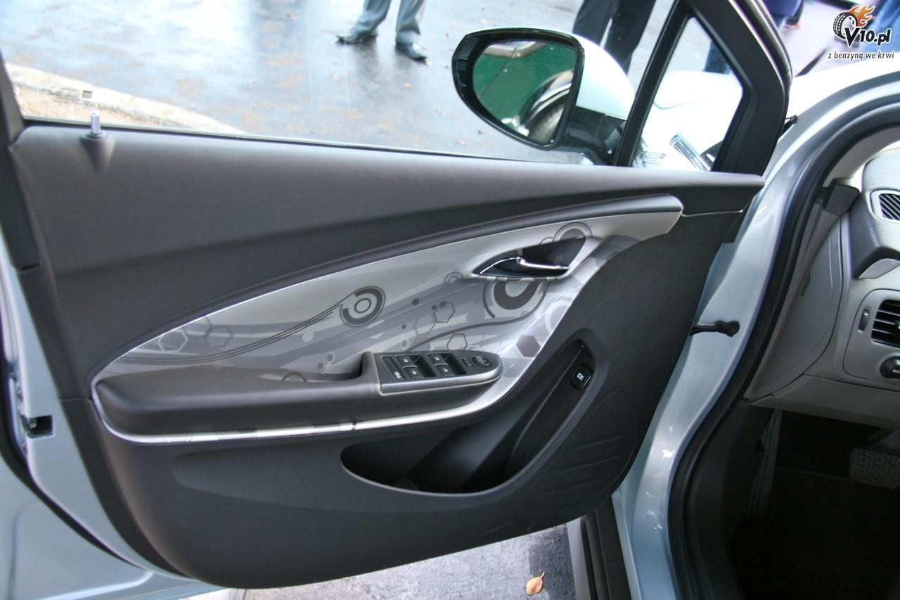 Chevrolet Volt model 2011 [21]