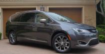 Chrysler Pacifica 2017 - nowy rozdzia� w segmencie minivan�w