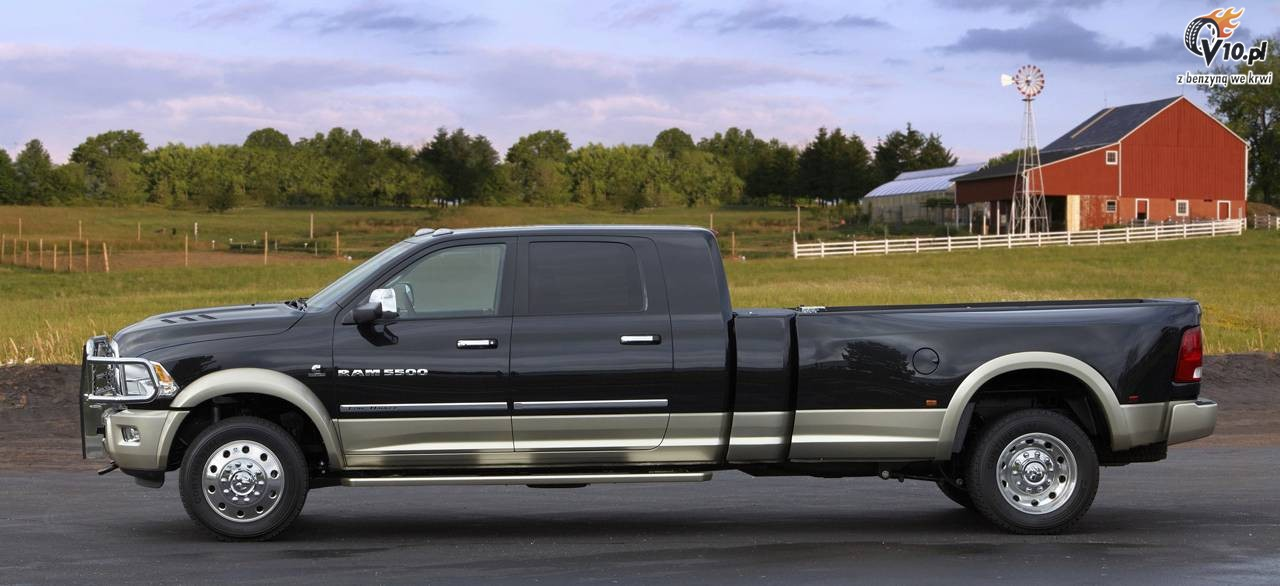 dodge ram 5500 hd long hauler 03