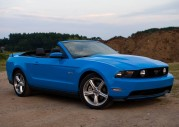 Ford Mustang GT kabriolet - model 2011
