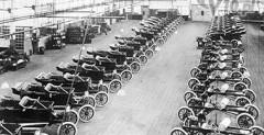 Ford T pierwsze seryjnie produkowane auto na świecie.