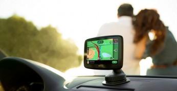 TomTom GO Essential - funkcjonalna nawigacja samochodowa