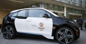 LAPD marnuje flotę 100 BMW i3
