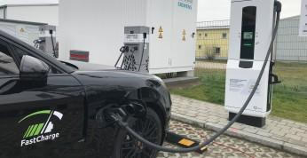 BMW i Porsche opracowały nowy system szybkiego ładowania