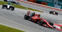 Hamilton: Progres Ferrari zas�ug� nie tylko silnika