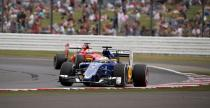 FIA ostrzeg�a kierowc�w F1 przed wyje�d�aniem z zakr�tu Copse