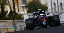 Alonso: Incydent z pokryw� studzienki kanalizacyjnej kolejnym argumentem za os�on� na kokpit