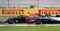 Wyprzedzanie Ricciardo kandydatem Formuły 1 do Akcji Roku w sportach samochodowych