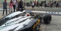 Testy F1 po GP Abu Zabi: Bottas najszybszy pierwszego dnia, awarie McLarena z silnikiem Hondy