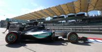 GP Malezji - 2. trening: Hamilton wr�ci� do gry