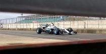 Nowy bolid Mercedesa w przedpremierowych uj�ciach. Zobacz!