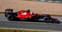 Vettel wola�by wi�cej okr��e� ni� najszybszy czas