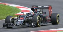 McLaren zadziwi� tylnym skrzyd�em bolidu