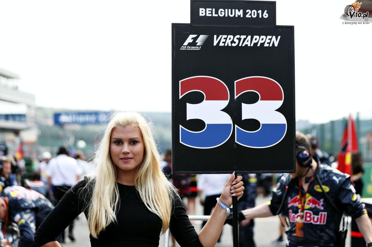 Formu�a 1 chce rozbudowa� rol� grid girls