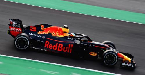 Red Bull nie chce tracić do Mercedesa więcej niż pół sekundy
