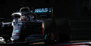GP USA - 2. trening: Hamilton złapał się za Kubicą