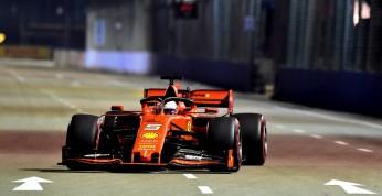 GP Singapuru - wyścig: Zwycięstwo Vettela