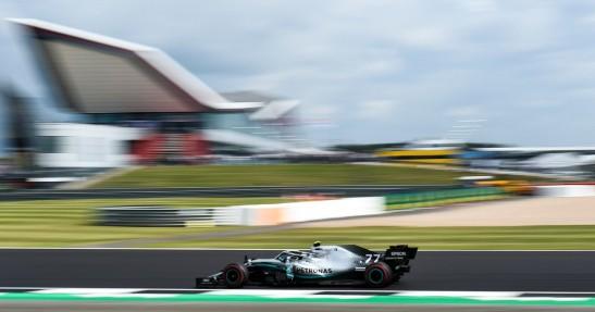 GP Wielkiej Brytanii - kwalifikacje: Bottas na pole position. Pokonał Hamiltona o 0,006 sekundy