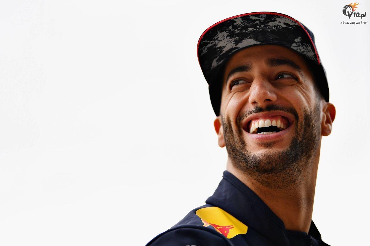 Liczba wyprzedza� w F1 spad�a o prawie po�ow�