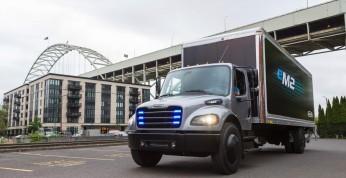 Freightliner dostarczył pierwsze elektryczne ciężarówki firmie...
