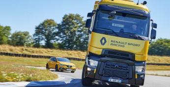 T High Renault Sport Racing - ciężarówka dla miłośników F1