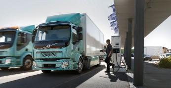 Volvo Trucks dostarczyło pierwsze elektryczne ciężarówki do...