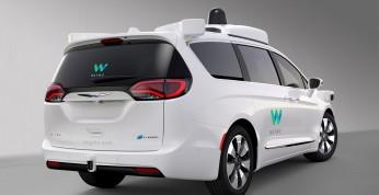 Waymo ma kupić kolejne kilka tysięcy minivanów Pacifica