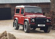 Land Rover Defender w edycji Works V8