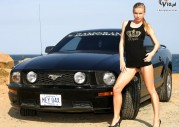 Marketa Belonoha i Ford Mustang GT