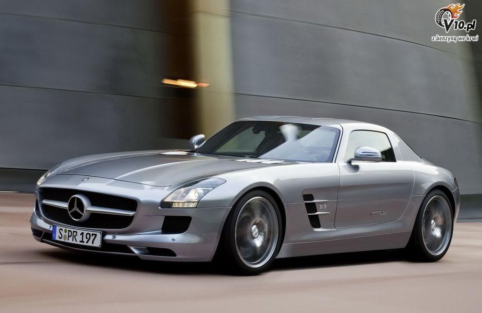 The mercedes autos post for Mercedes benz slingshot