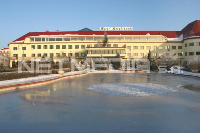 Hotel Go