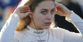 Sophia Floersch wróciła na tor