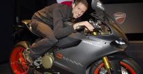 Ducati z serii upami�tniaj�cej Ayrtona Senn� dla Sebastiena Ogiera