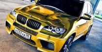 Złote BMW X5M prosto z Rosji