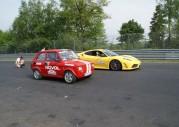 Fiat 126p Autim vs Ferrari F430 Scuderia - start