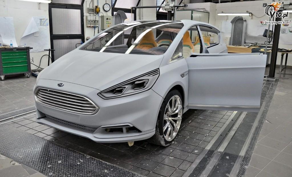 2010 Ford S MAX Concept photo - 2