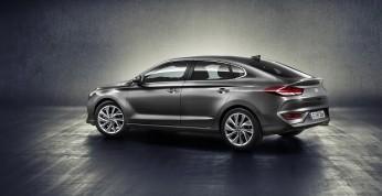 Hyundai i30 Fastback - droższy znaczy lepszy?