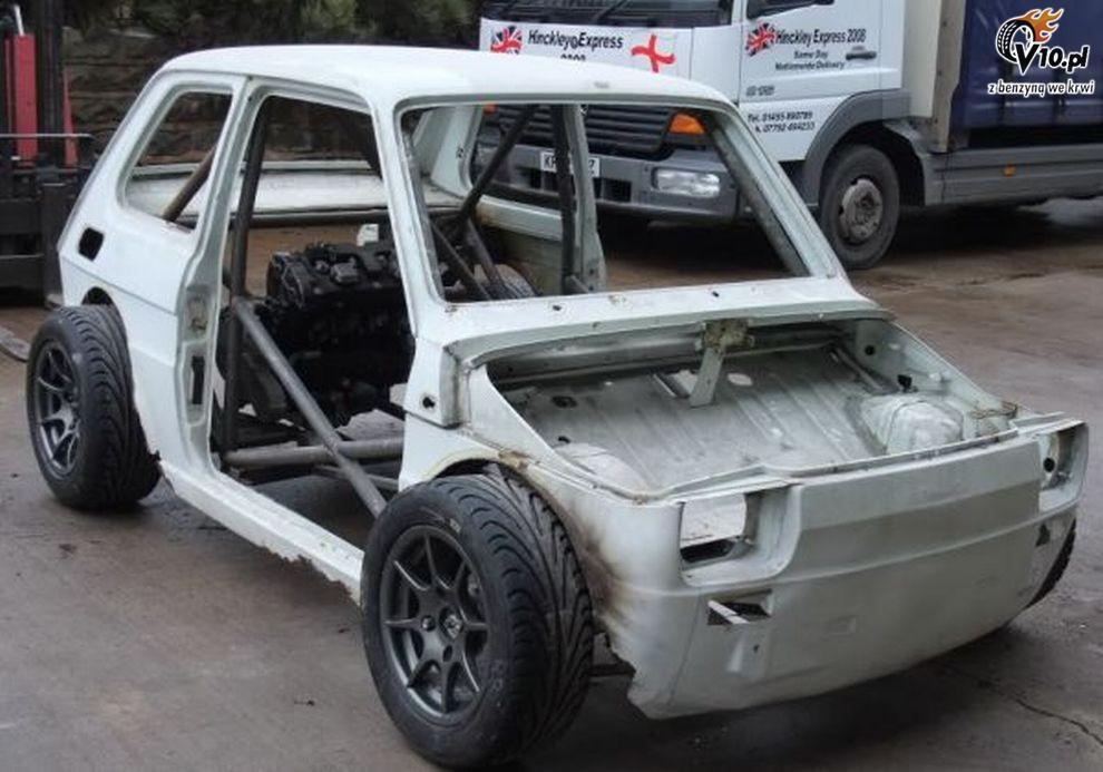 Fiat 126p Z Silnikiem Motocyklowym 010