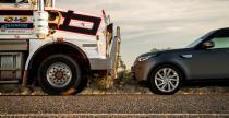 Land Rover Discovery pociągnął australijski pociąg drogowy