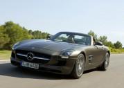 Mercedes SLS AMG Roadster - urywa g�ow� z... wra�enia
