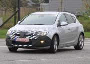 Nowy Opel Astra GSI - zdjęcie szpiegowskie