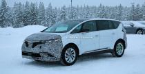 Renault Espace - odświeżony minivan przyłapany na testach