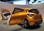 Renault R-Space Concept na targach w Genewie