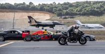 Bolid F1, Superbike, Tesla Model S i samoloty w niecodziennym wyścigu równoległym