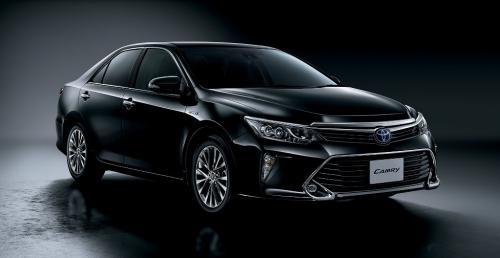 Toyota Camry Z Nowym Oświetleniem I Wnętrzem Debiutuje W
