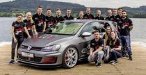 Praktykanci Volkswagena prezentuj� wyj�tkowego Golfa