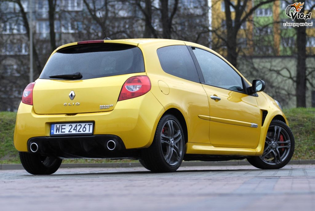 renault clio rs test 16. Black Bedroom Furniture Sets. Home Design Ideas