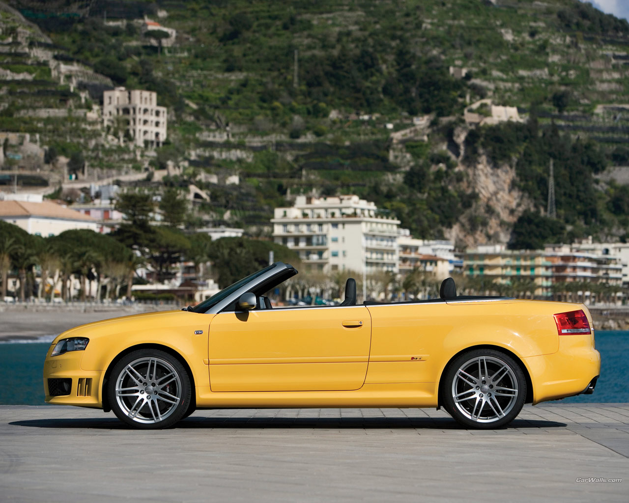 audi rs4 cabrio 1280x1024 b80 tapety na pulpit. Black Bedroom Furniture Sets. Home Design Ideas